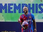 Depay es presentado con el Barça