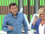 Iñaki López y Cristina Pardo, bromeando en su posición como presentadores de 'Más vale tarde'