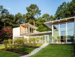 La vivienda se ha construido en Raleigh, que se encuentra en Carolina del Norte, Estados Unidos, y mezcla la sencillez con detalles de lujo que la hacen un lugar magnífico. (Foto: Frank Harmon Architect)